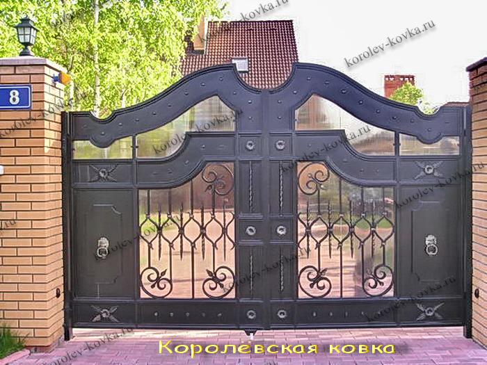 Распашные ворота для данной калитки